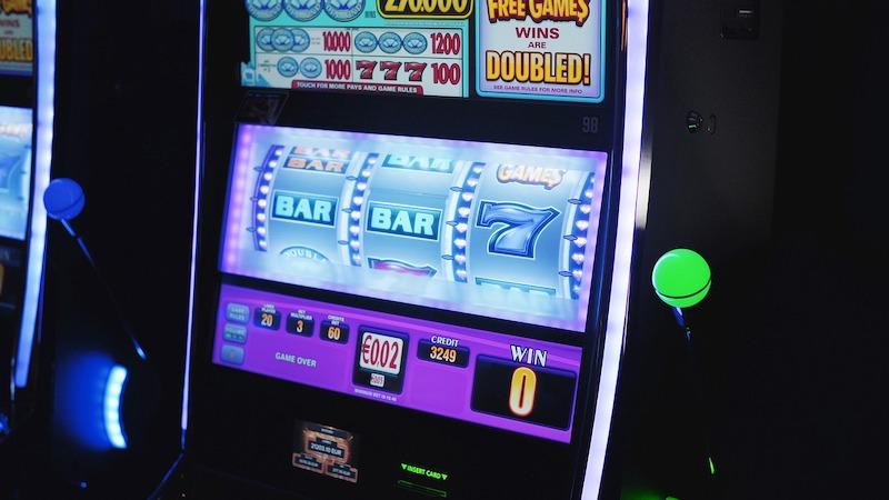 Tricks for better gambling online?